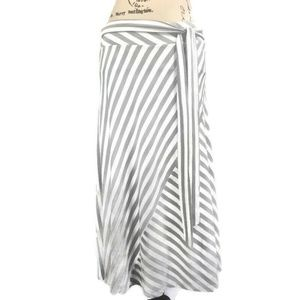 DKNY Small Skirt White Black Textured Striped Midi